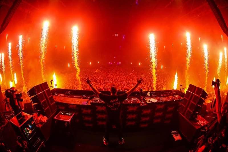 dj box view fireworks at amf amsterdam music festival