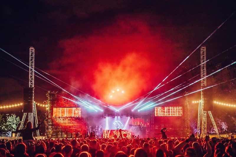 Stage lights show at Anjunadeep London