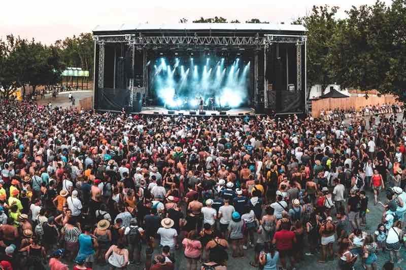 Meteore stage view at Ardeche Aluna Festival