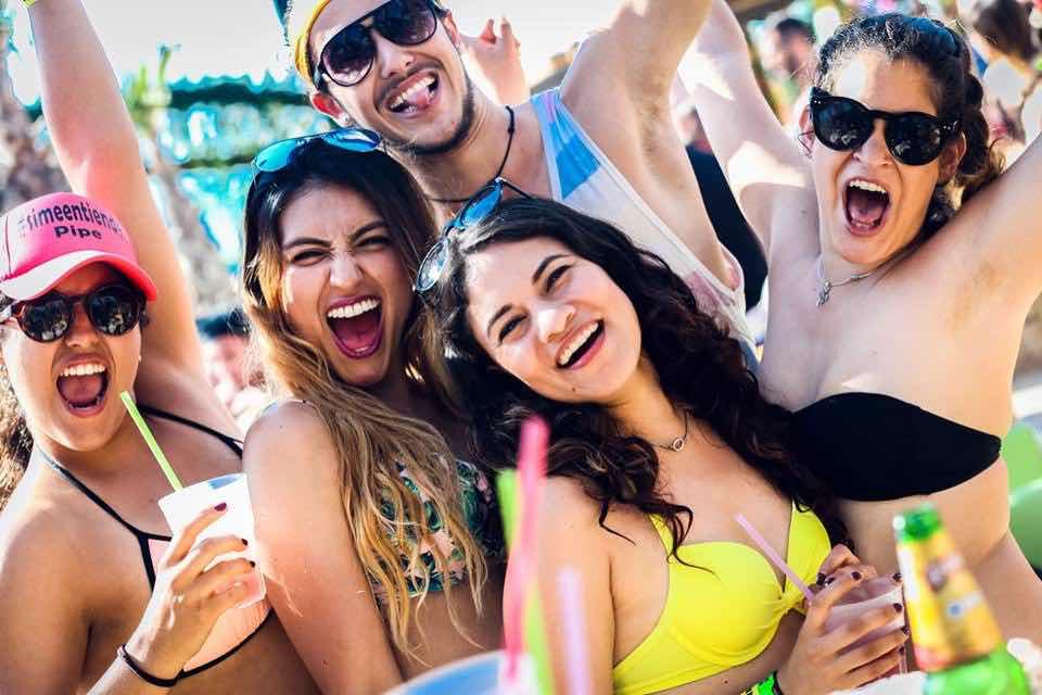 Fans at Beach Bites Beach Festival