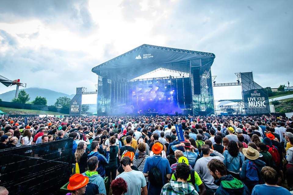 main stage blue sky at bilbao bbk live festival