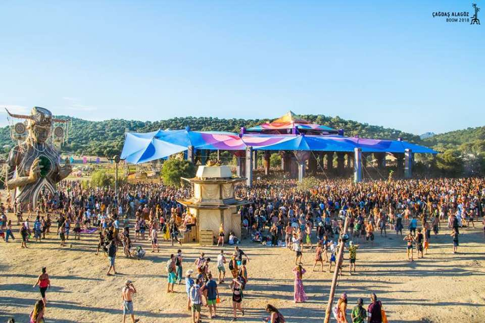 Main stage during the day at boom festival