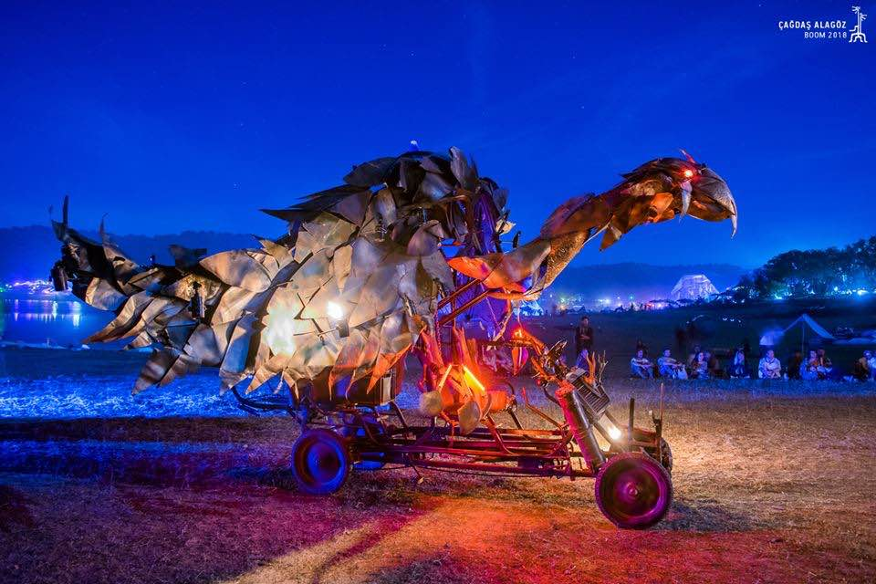Ready to fly sculpture at boom festival