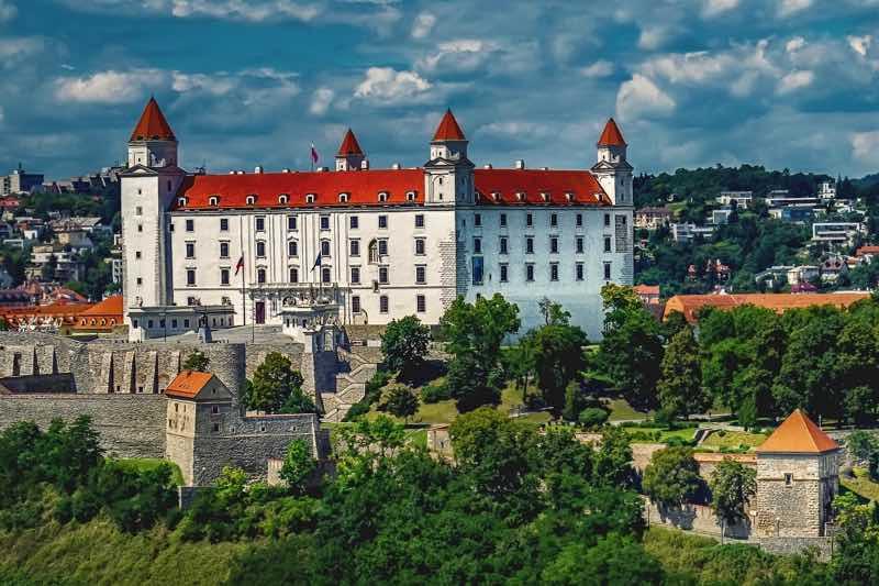 Bratislava Castle in Bratislava Travel Guide