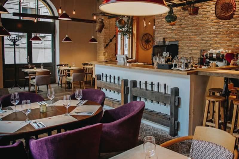 Barack and Szilva Restaurant in Budapest travel guiide