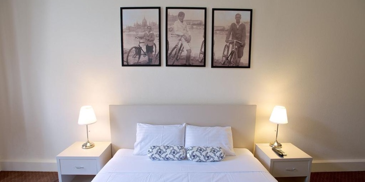 Budapest budget hotels areas