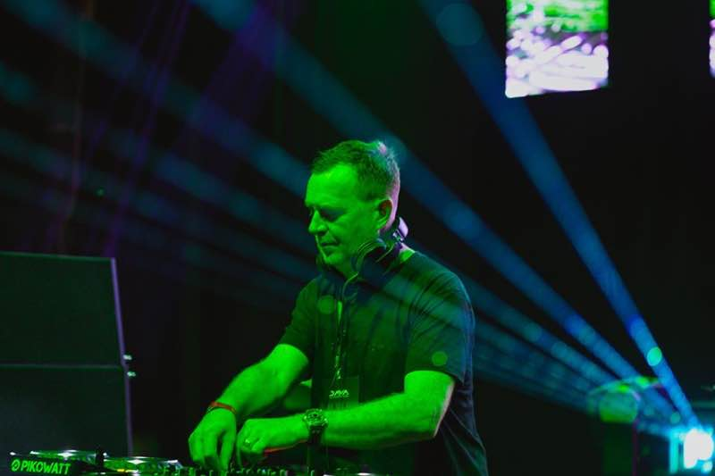 Dj mixing at Dava Festival