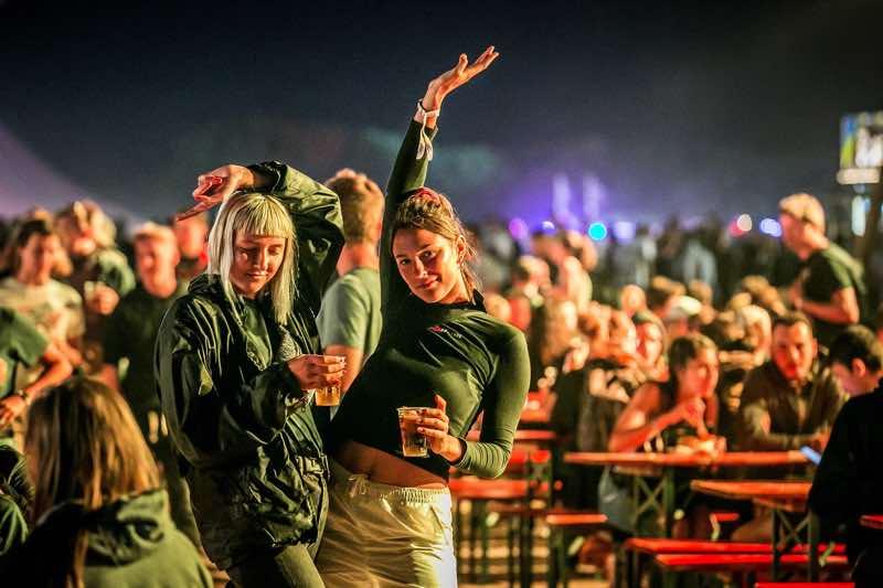 Fans having fun at Dour Festival