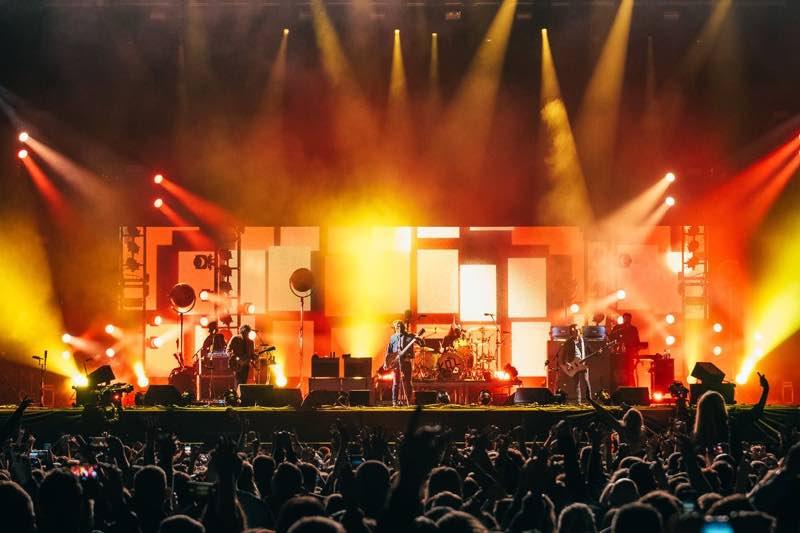 Stage lights show at Edinburgh Summer Sessions