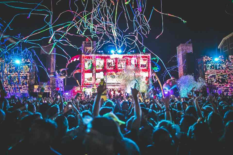 Night at Elrow Town Amsterdam