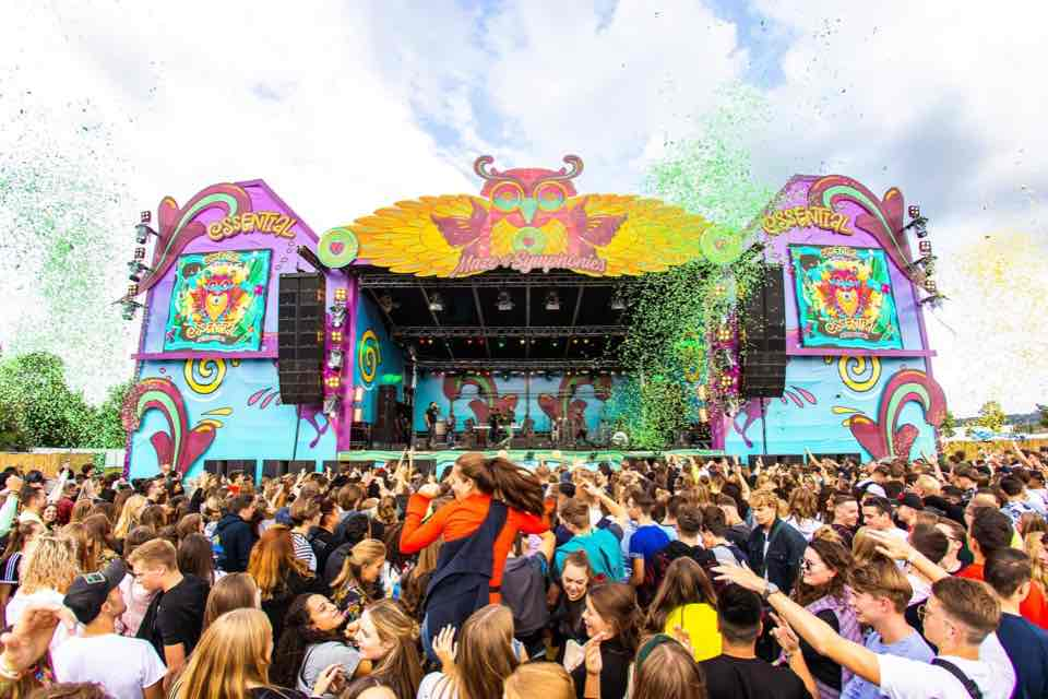 Dancing at the main stage at Essential Festival