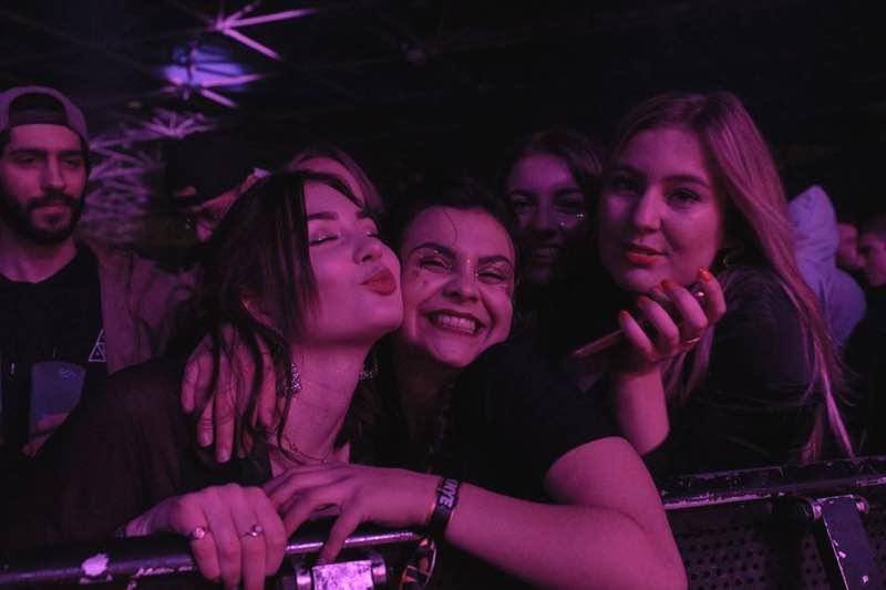 Front row fans at fcknye Festival Lyon