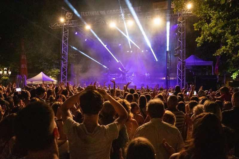 Lights show dancing at Festival de Carcassonne