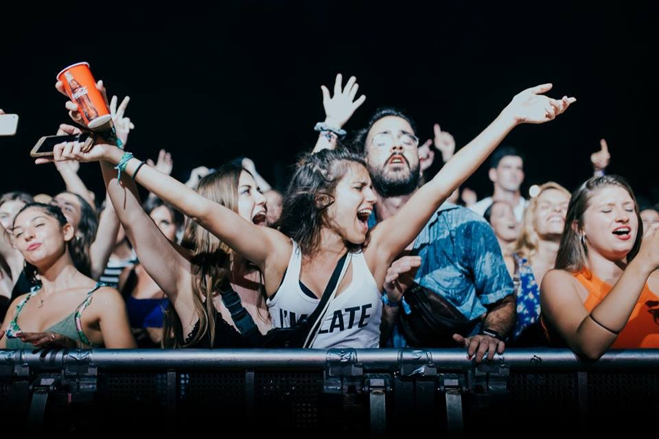 Front row fans at FIB Festival Internacional de Benicassim
