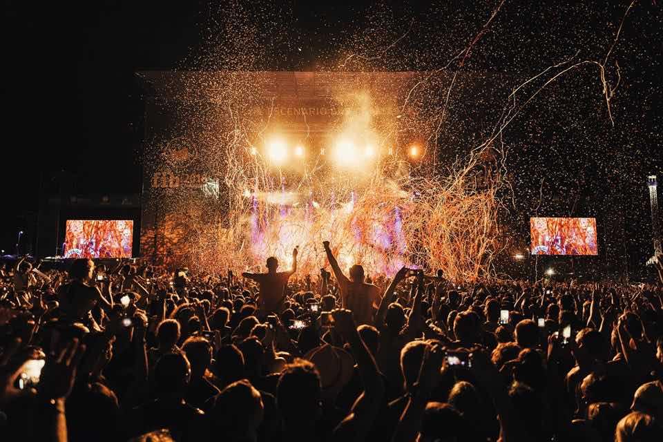 Stage lights show at FIB Festival Internacional de Benicassim