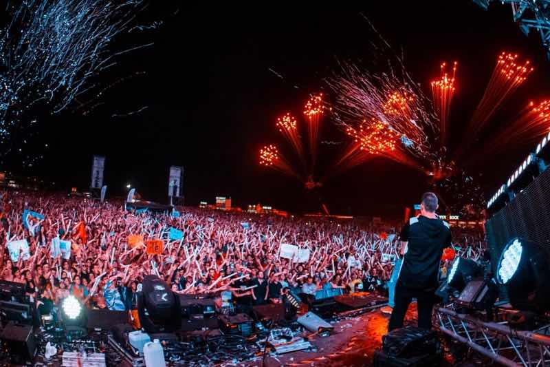 Fireworks at Galp Beach Party Festivals
