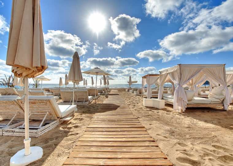 Beach Facilities in Ibiza Travel Guide