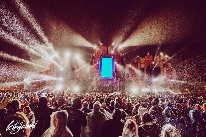 Lights show on stage at Kingsland Festival Rotterdam