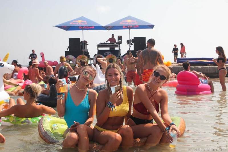 Fans enjoying at Les Plages Electroniques Festival