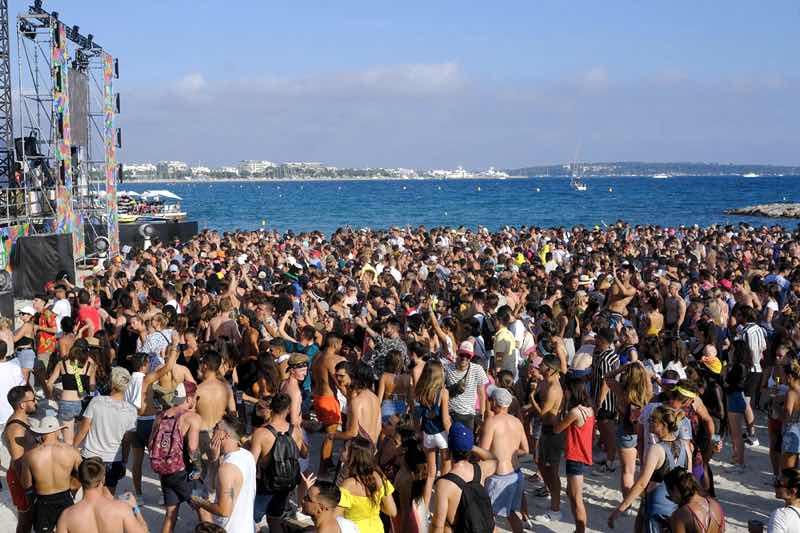 Sea view at Les Plages Electroniques Festival