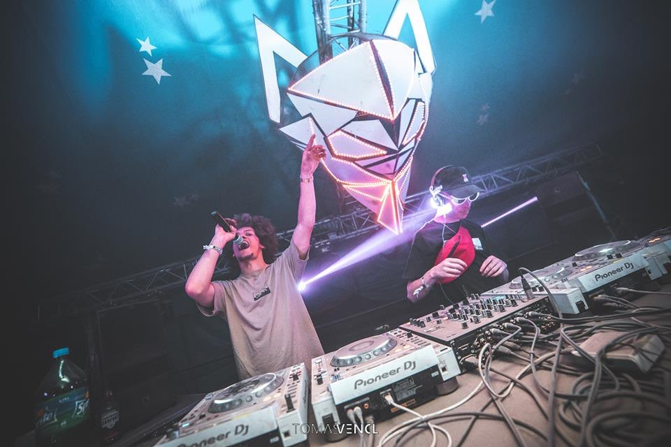 Dj performing at let it roll festival