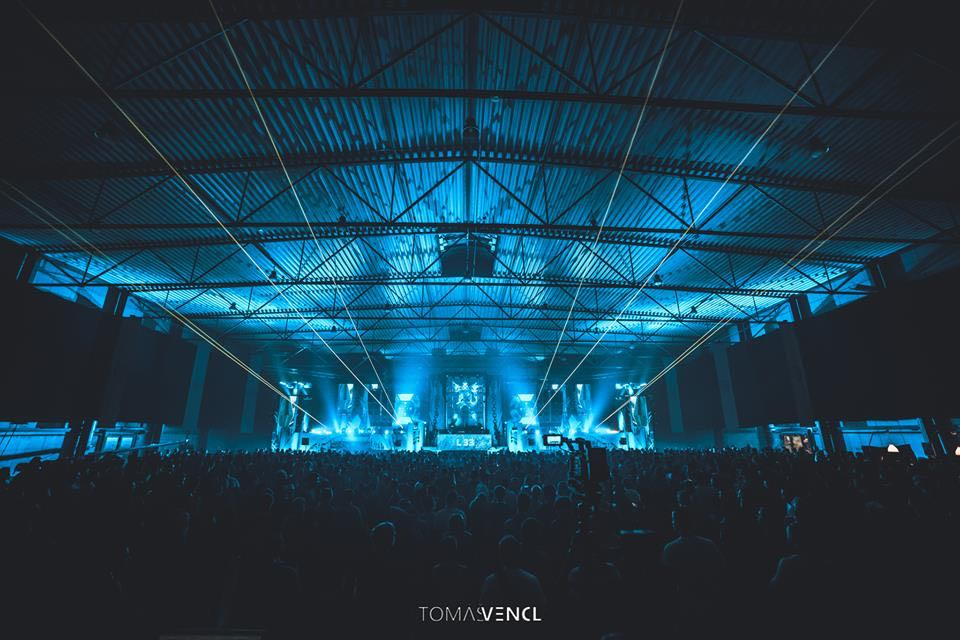 Blue stage at let it roll winter festival