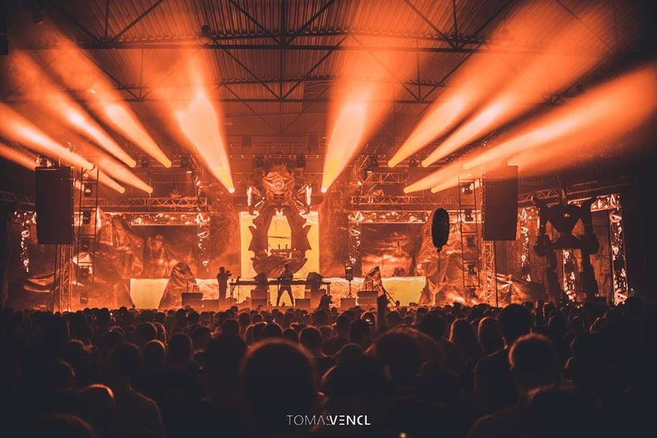 Orange stage at let it roll winter festival