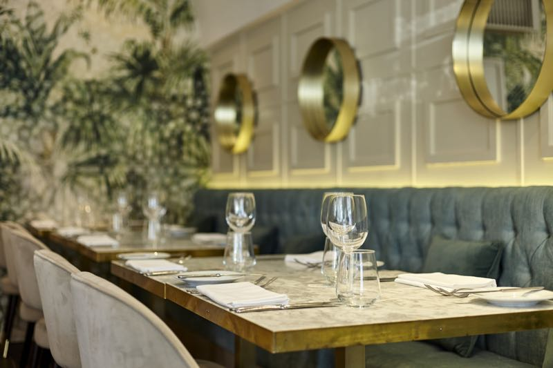 Restaurant Michael Nadra Chiswick in London Travel Guide