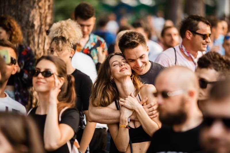 Fans enjoying at Lovefest