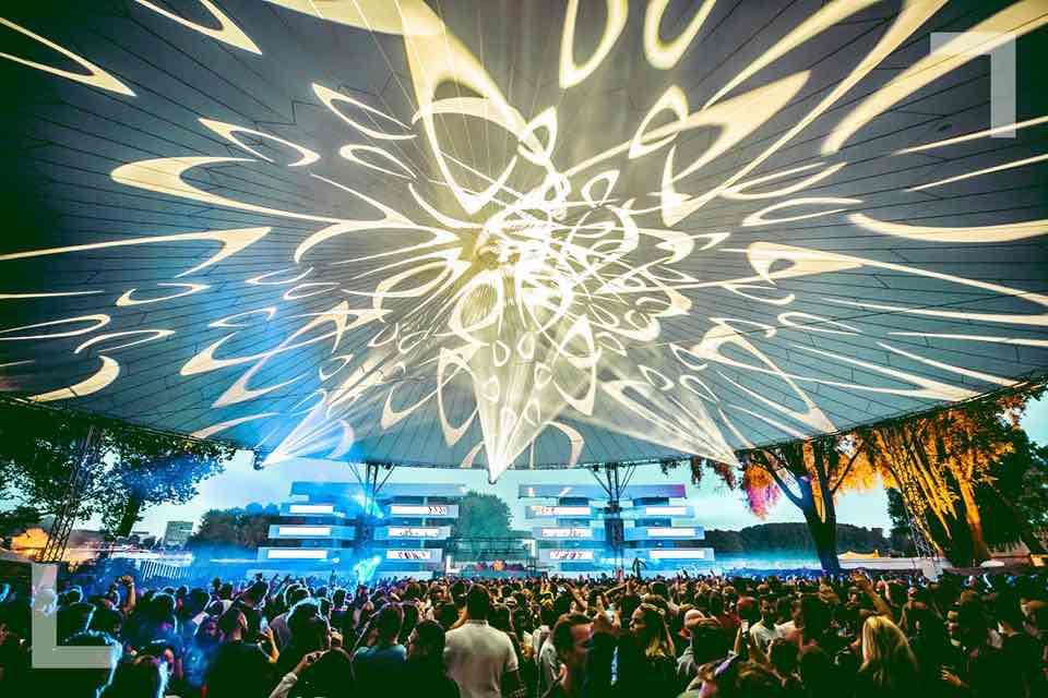 Lights show at Loveland Festival