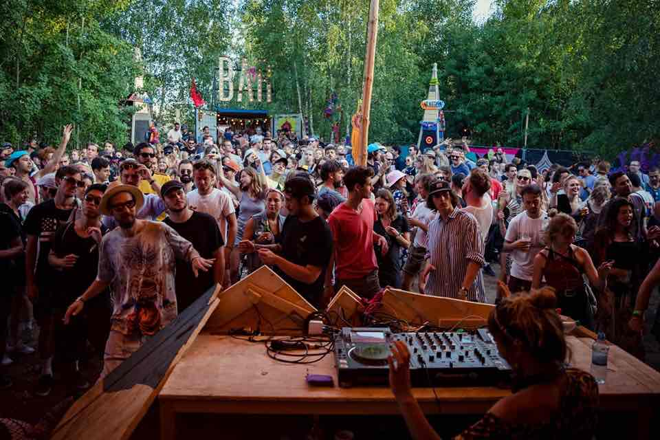Mixing and dancing at Melt Festival