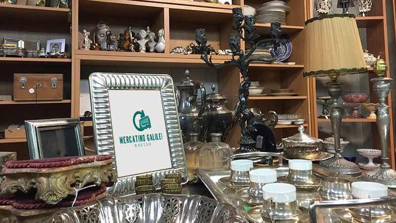 Mercatino Galilei Shop at Cromano Flea Market in Milan best shopping areas
