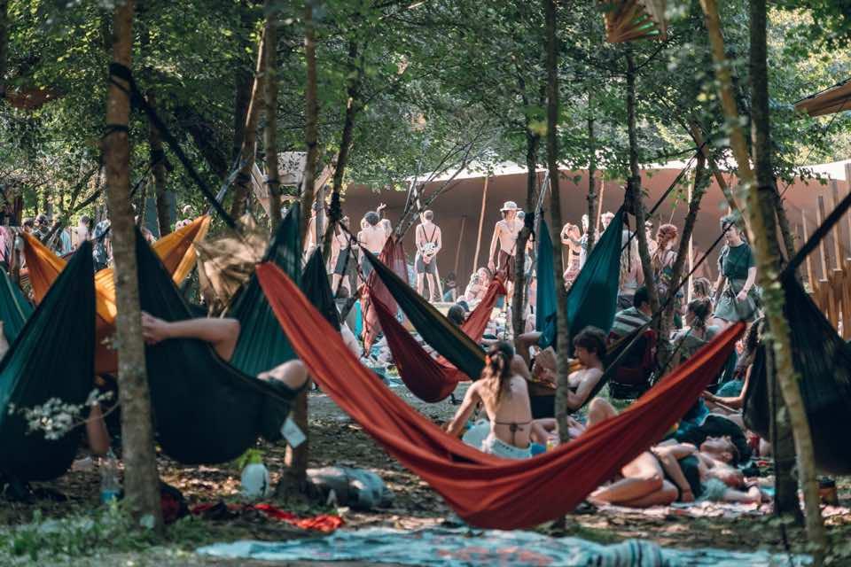 Relaxing at Modem Festival