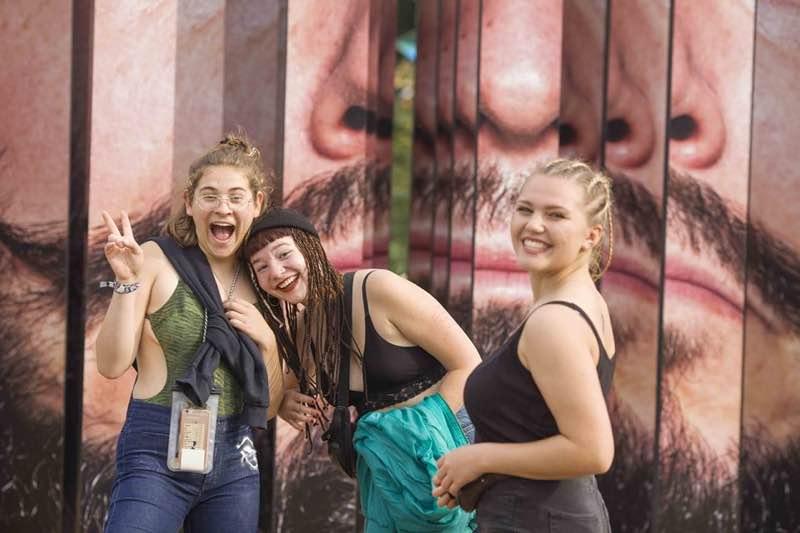 Fans enjoying at MS Dockville Festival