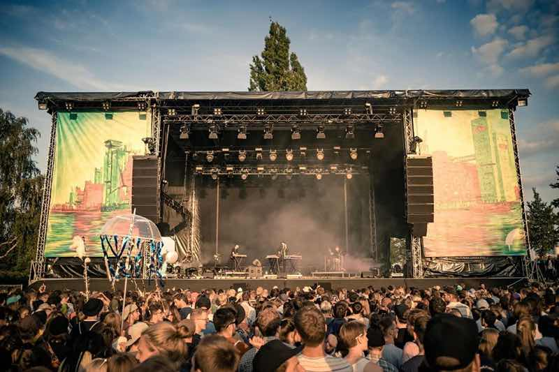 Main stage view at MS Dockville Festival