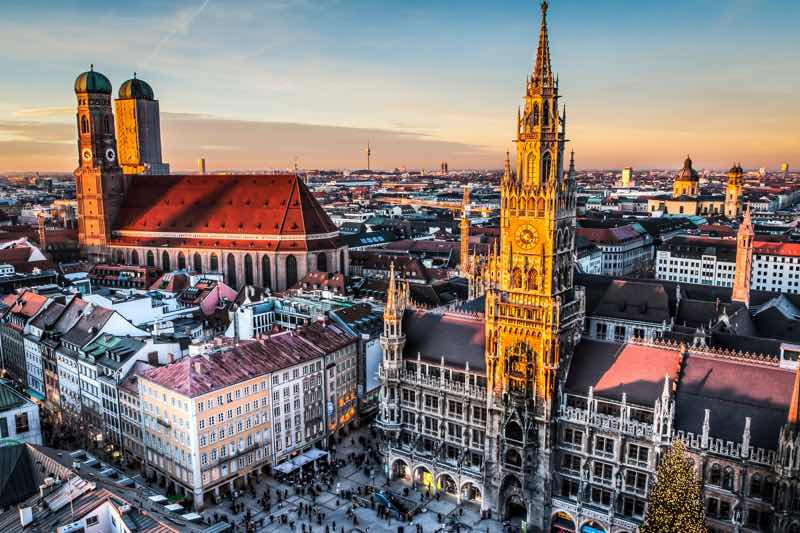 Marienplatz in Munich Travel Guide