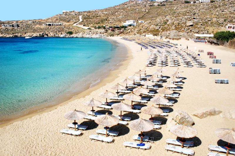 Super Paradise Beach in Mykonos Travel Guide