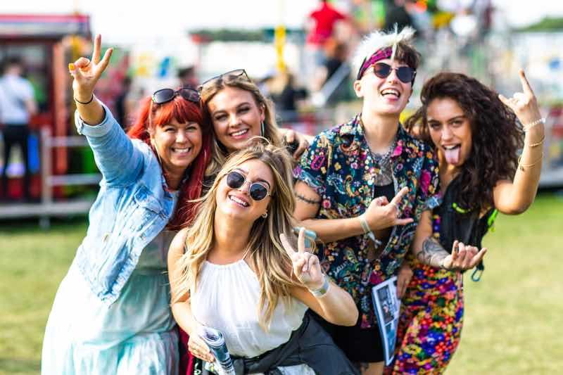 Fans having fun at Neighbourhood Weekender Festival