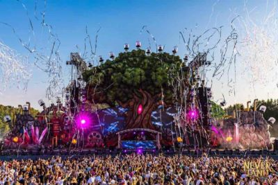 Main stage tree at Neverland Festival