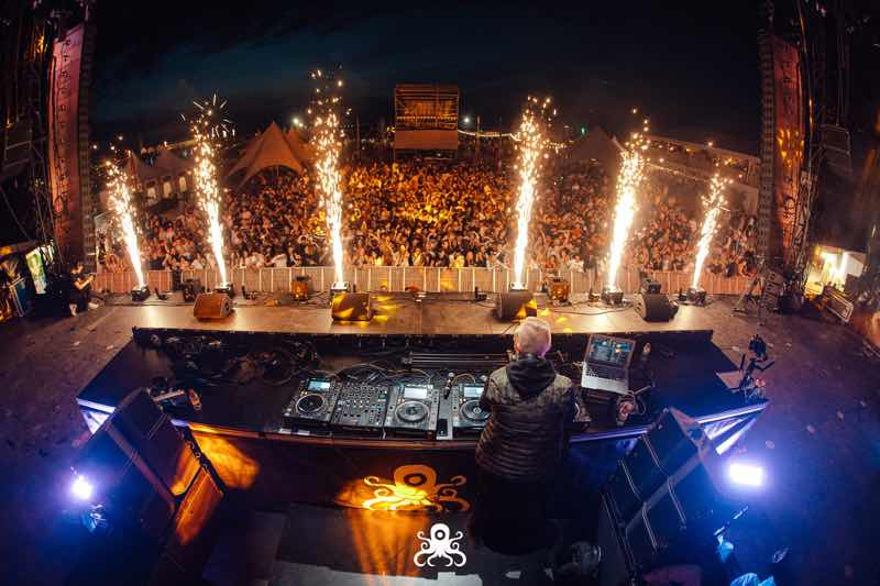 Performing with fireworks at Ostend Beach Festival