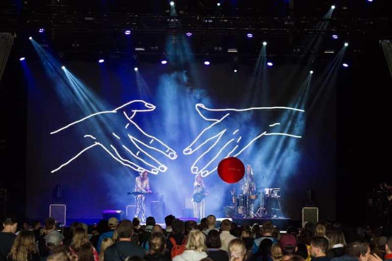 Ora the Molecule performing at Oya Festival