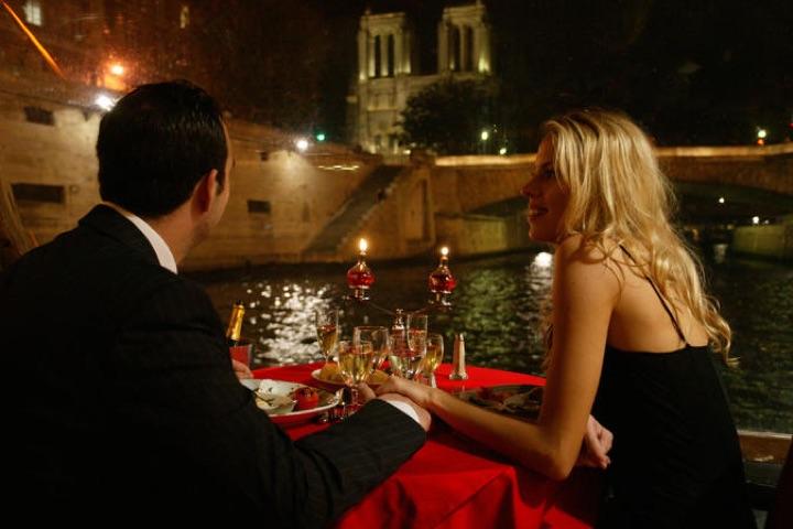 Paris Romantic Tours