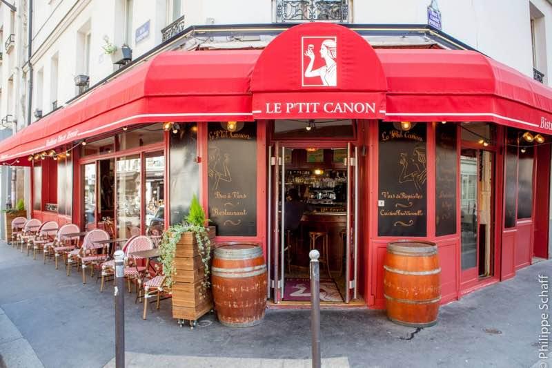 Le P'tit Canon Restaurant in Paris Travel Guide
