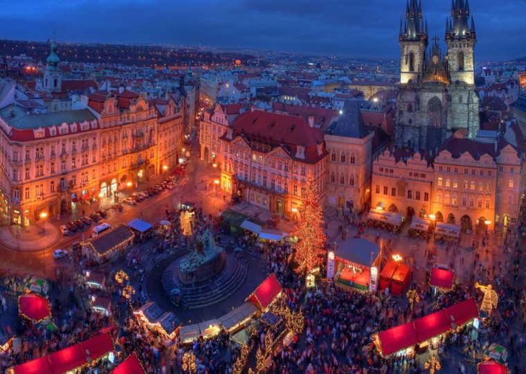 prague-christmas-square-market