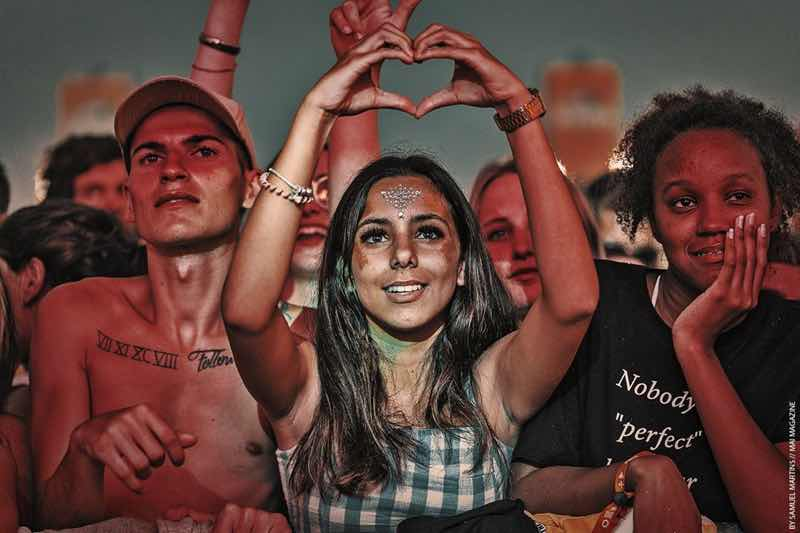Front row fans at RFM Somnii Festival