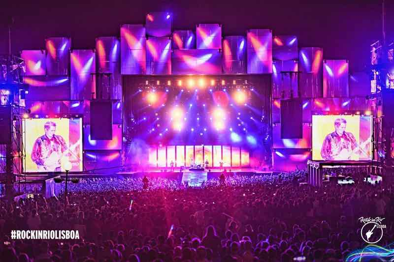 Main stage colours at Rock in Rio Lisboa Festival