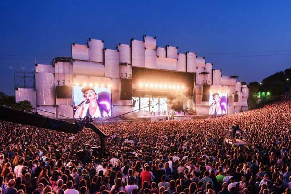 Stage colours at Rock in Rio Lisboa Festival