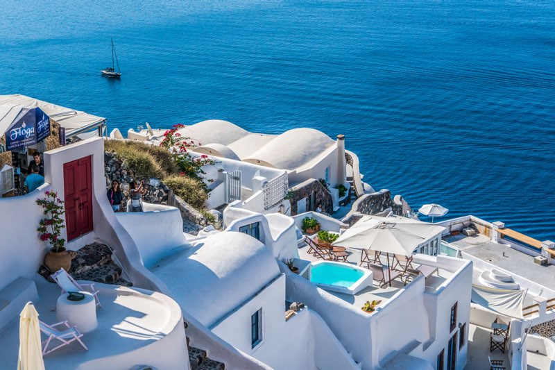 Traditional houses with sea view in Santorini Travel Guide