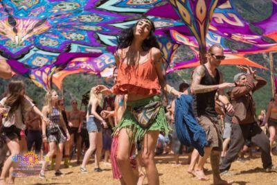 Dancing beauty at Shankra Festival