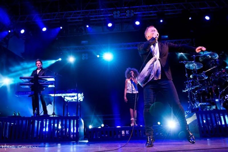 Simple Minds Tour Dates stage